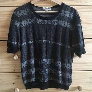 Burberry Short-Sleeve Black Patterned Sweater S